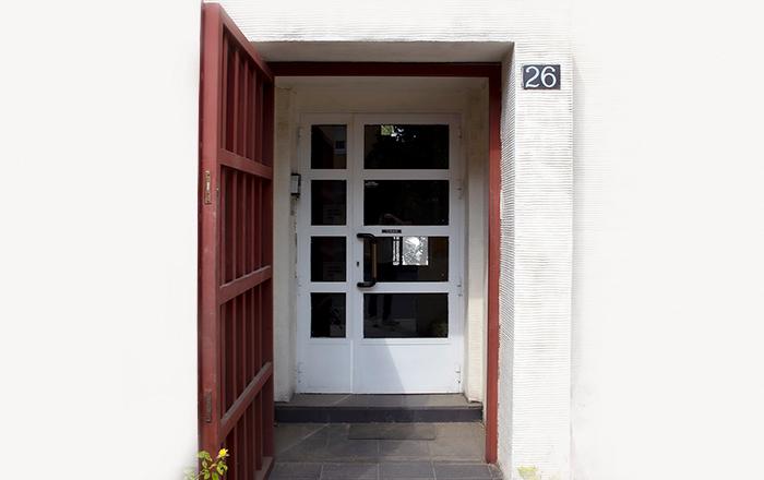 campus-madrid-id-bootcamps-puerta
