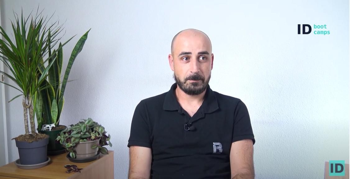 Testimonio de alumno. Rubén Fernández alumno del Bootcamp en programación y desarrollo web Full Stack