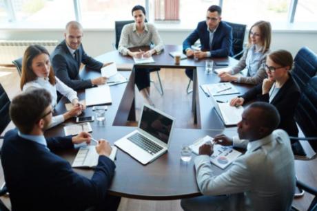 Máster Oficial Universitario en Dirección de Empresas Familiares