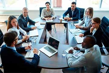 Máster-Oficial-Universitario-en-Dirección-de-Empresas-Familiares-1