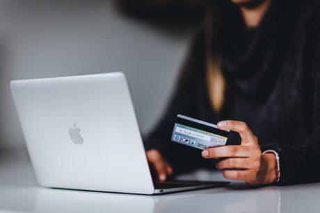 Comprando online con tarjeta de crédito